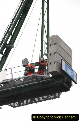 2021-08-01 Poole Hospital Crane Operation. (19) 019