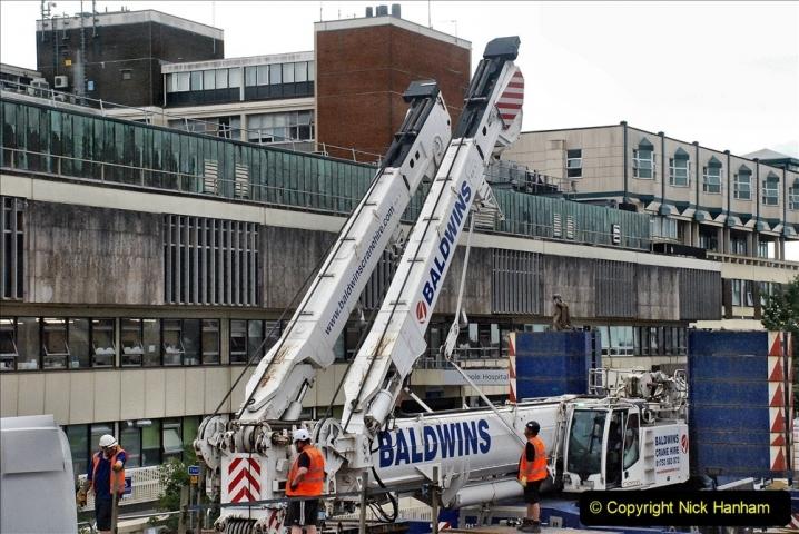 2021-08-01 Poole Hospital Crane Operation. (31) 031