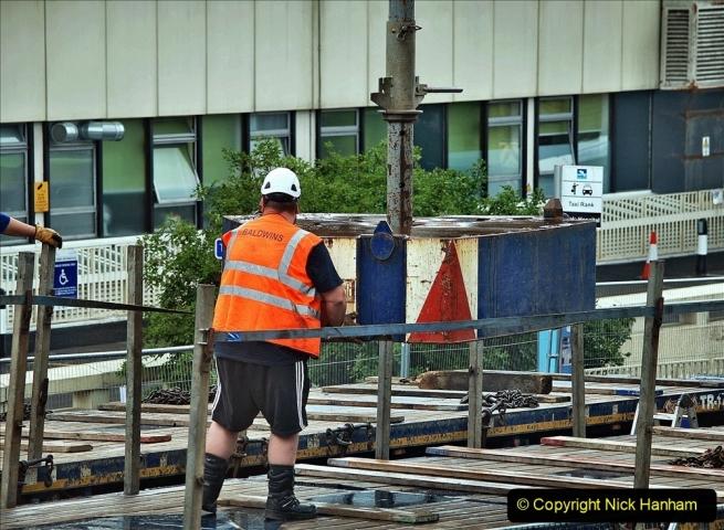2021-08-01 Poole Hospital Crane Operation. (41) 041