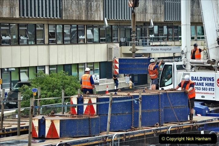 2021-08-01 Poole Hospital Crane Operation. (55) 055