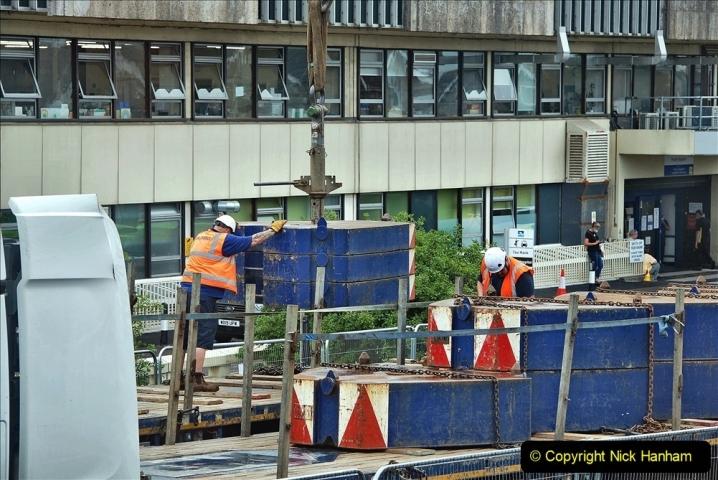 2021-08-01 Poole Hospital Crane Operation. (56) 056