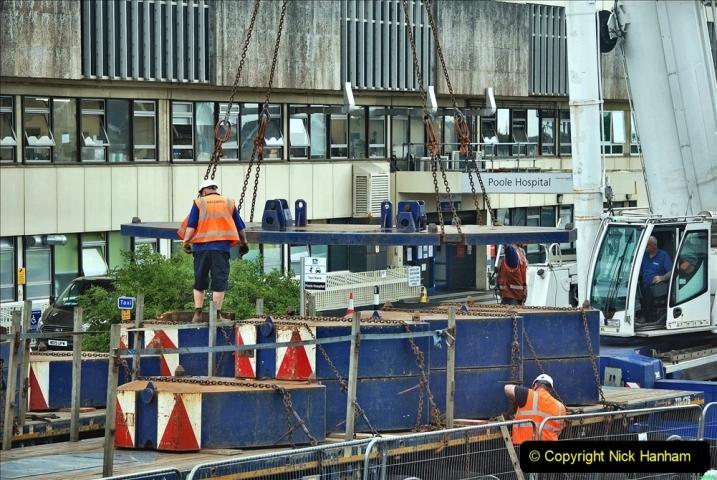 2021-08-01 Poole Hospital Crane Operation. (66) 066