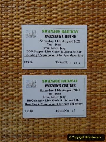 2021-08-14 SR Volunteers & Staff Boat trip & BBQ Poole Harbour & Poole Bay. (4) 004