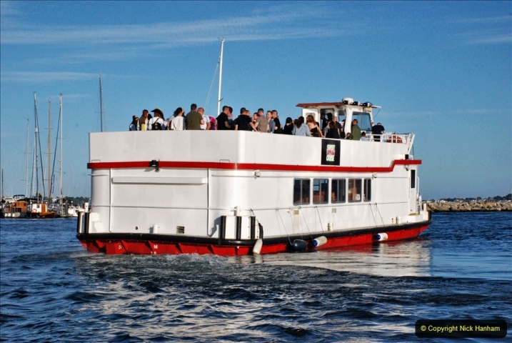 2021-08-14 SR Volunteers & Staff Boat trip & BBQ Poole Harbour & Poole Bay. (42) 042