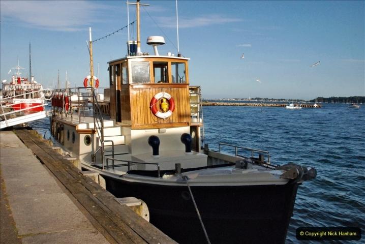 2021-08-14 SR Volunteers & Staff Boat trip & BBQ Poole Harbour & Poole Bay. (5) 005