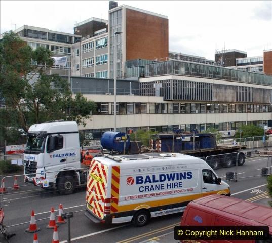 2021-07-30 Poole Hospital Crane Operation. (37) 037