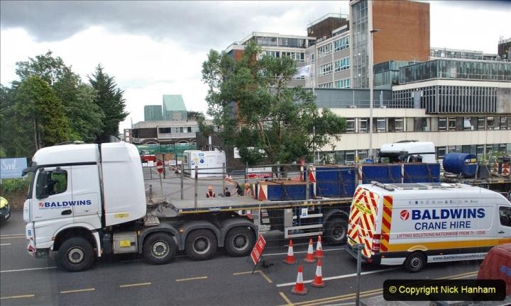 2021-07-30 Poole Hospital Crane Operation. (43) 043