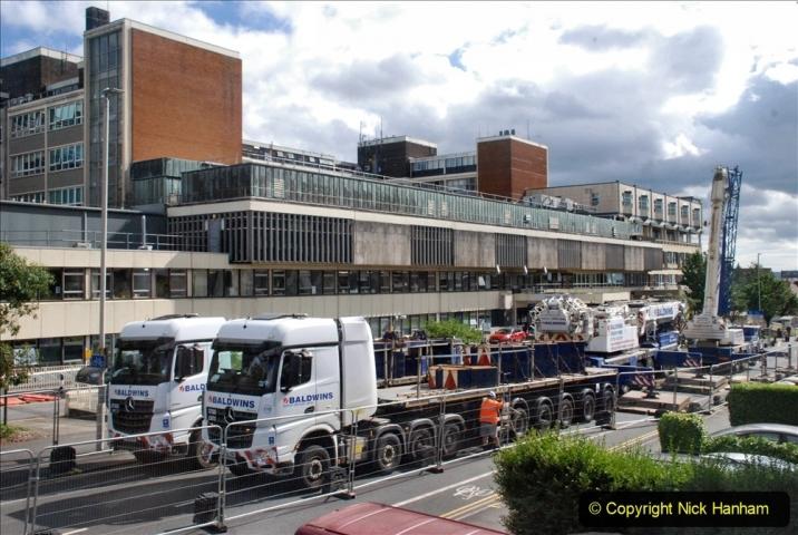 2021-07-30 Poole Hospital Crane Operation. (47) 047