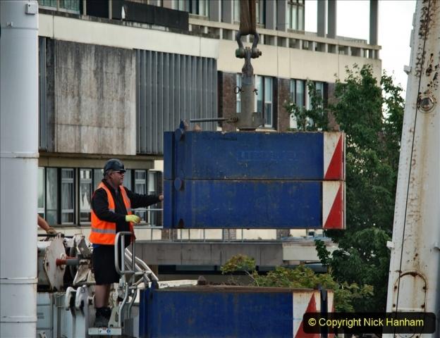 2021-07-30 Poole Hospital Crane Operation. (48) 048