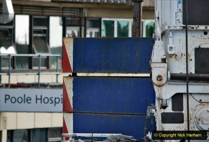 2021-07-30 Poole Hospital Crane Operation. (53) 053