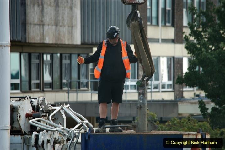 2021-07-30 Poole Hospital Crane Operation. (61) 061
