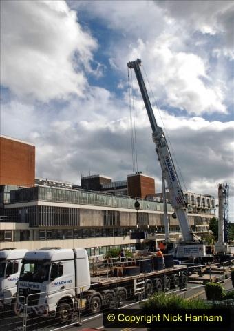 2021-07-30 Poole Hospital Crane Operation. (65) 065