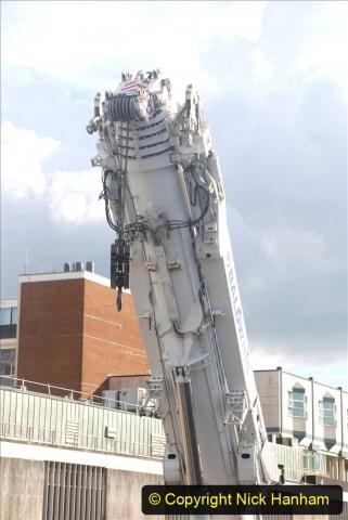 2021-07-30 Poole Hospital Crane Operation. (75) 075