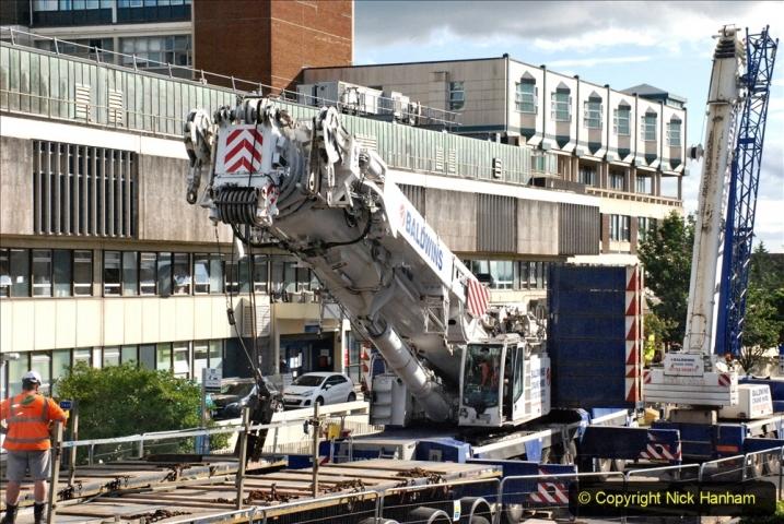 2021-07-30 Poole Hospital Crane Operation. (76) 076