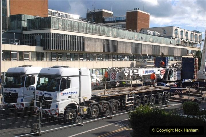 2021-07-30 Poole Hospital Crane Operation. (78) 078