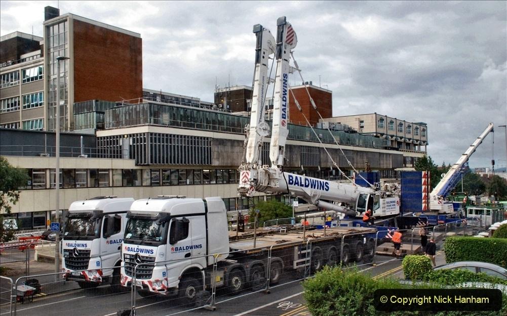 2021 July 31 Poole Hospital Crane Operation!