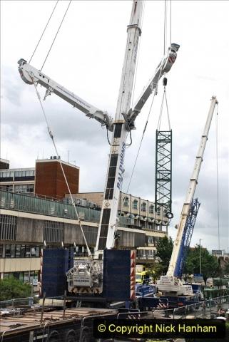2021-07-31 Poole Hospital Crane Operation. (10) 010