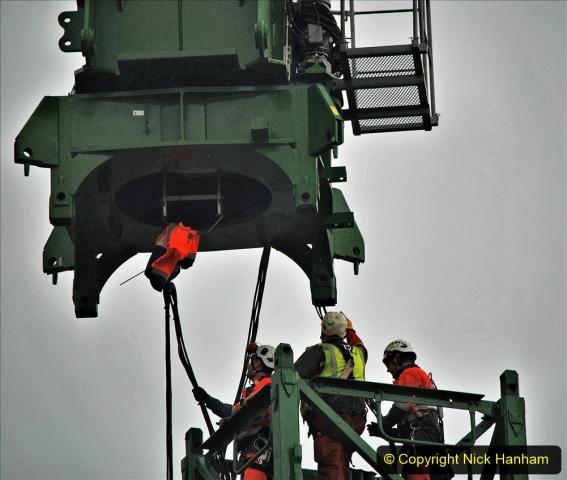 2021-07-31 Poole Hospital Crane Operation. (31) 031