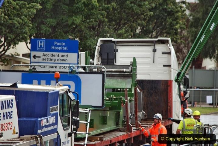 2021-07-31 Poole Hospital Crane Operation. (46) 046