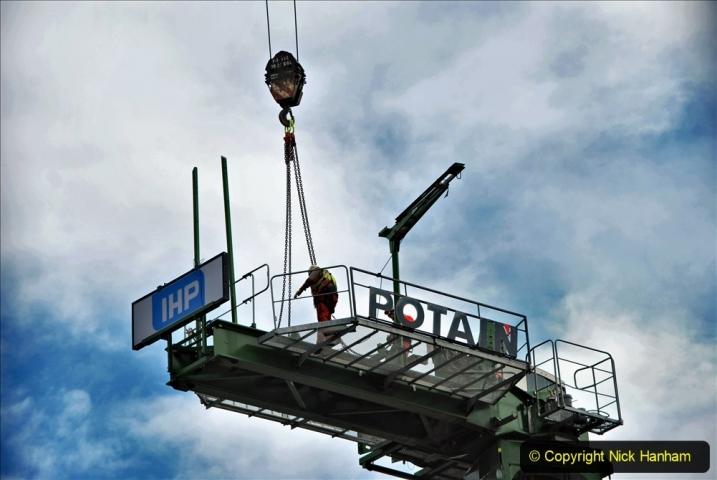 2021-07-31 Poole Hospital Crane Operation. (70) 070