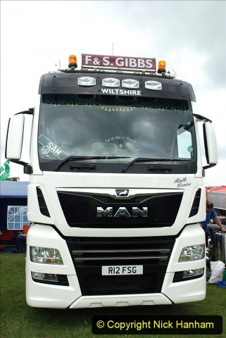 2021-06-26 The Devon Truck Show. (212) 212