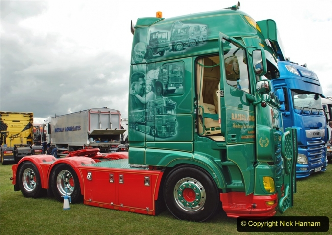 2021-06-26 The Devon Truck Show. (340) 340