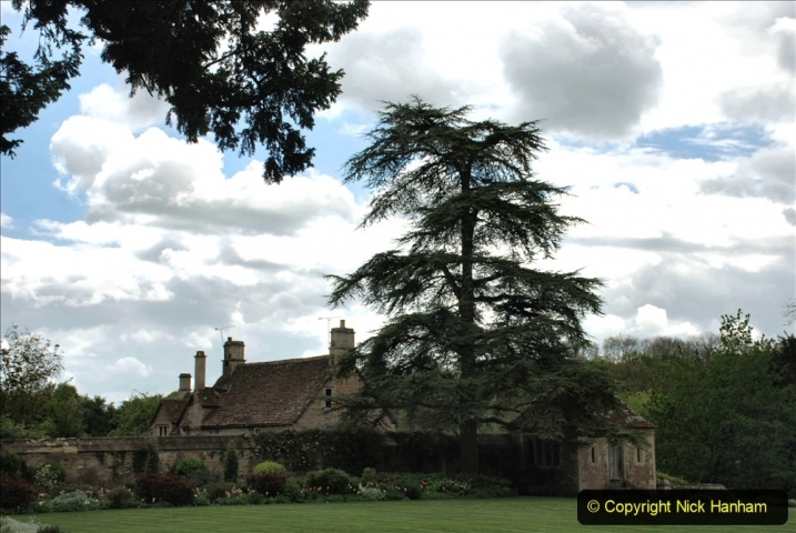 2021-05-18 Wiltshire Holiday Day 2. (17) Great Chalfield Mannor NT. 017