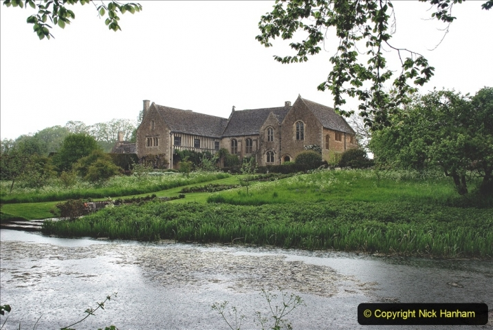 2021-05-18 Wiltshire Holiday Day 2. (35) Great Chalfield Mannor NT. 035