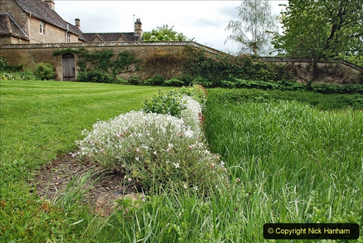 2021-05-18 Wiltshire Holiday Day 2. (70) Great Chalfield Mannor NT. 070