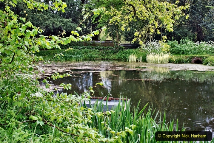 2021-05-18 Wiltshire Holiday Day 2. (76) Great Chalfield Mannor NT. 076
