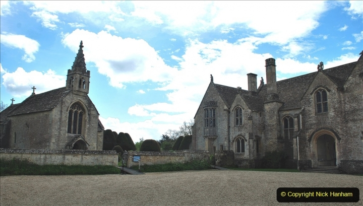 2021-05-18 Wiltshire Holiday Day 2. (80) Great Chalfield Mannor NT. 080