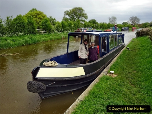 2021-05-19 Wiltshire Holiday Day 3. (101) Kennet & Avon Canal on a Sally Day Boat with friends. 101