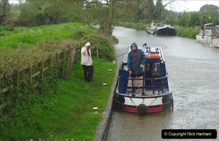 2021-05-19 Wiltshire Holiday Day 3. (108) Kennet & Avon Canal on a Sally Day Boat with friends. 108