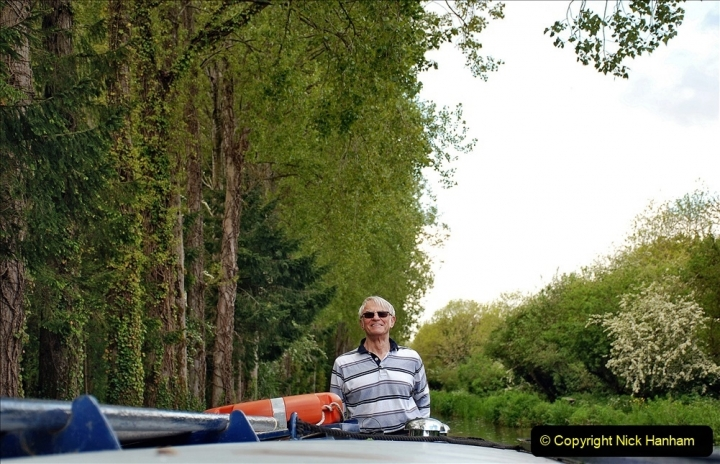 2021-05-19 Wiltshire Holiday Day 3. (27) Kennet & Avon Canal on a Sally Day Boat with friends. 027