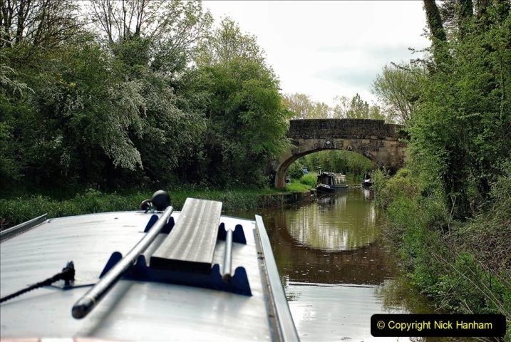 2021-05-19 Wiltshire Holiday Day 3. (30) Kennet & Avon Canal on a Sally Day Boat with friends. 030