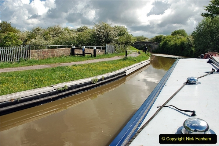 2021-05-19 Wiltshire Holiday Day 3. (35) Kennet & Avon Canal on a Sally Day Boat with friends. 035