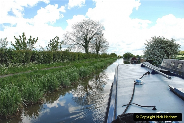 2021-05-19 Wiltshire Holiday Day 3. (58) Kennet & Avon Canal on a Sally Day Boat with friends. 058