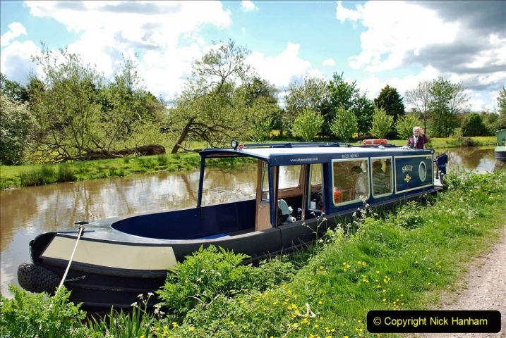 2021-05-19 Wiltshire Holiday Day 3. (71) Kennet & Avon Canal on a Sally Day Boat with friends. 071
