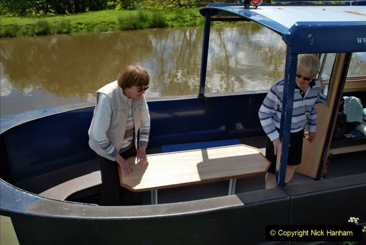 2021-05-19 Wiltshire Holiday Day 3. (76) Kennet & Avon Canal on a Sally Day Boat with friends. 076
