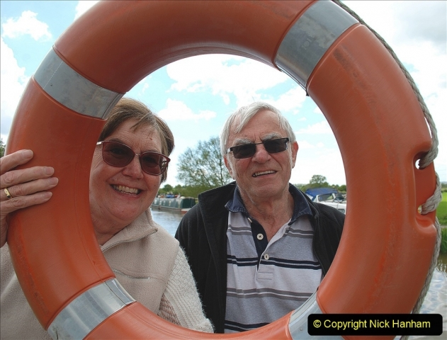 2021-05-19 Wiltshire Holiday Day 3. (89) Kennet & Avon Canal on a Sally Day Boat with friends. 089