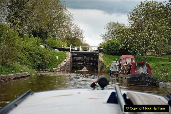 2021-05-19 Wiltshire Holiday Day 3. (91) Kennet & Avon Canal on a Sally Day Boat with friends. 091