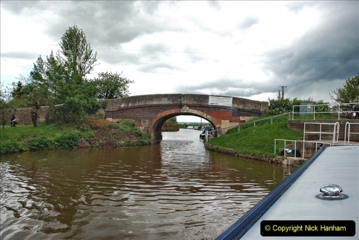 2021-05-19 Wiltshire Holiday Day 3. (95) Kennet & Avon Canal on a Sally Day Boat with friends. 095
