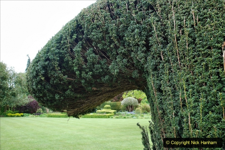 2021-05-20 Wiltshire Holiday Day 4. (18) The Courts Garden NT.