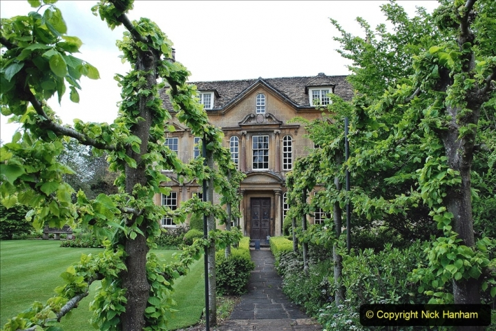 2021-05-20 Wiltshire Holiday Day 4. (4) The Courts Garden NT.