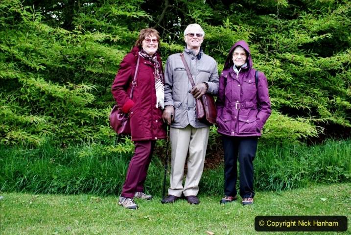 2021-05-20 Wiltshire Holiday Day 4. (75) The Courts Garden NT with our friends.