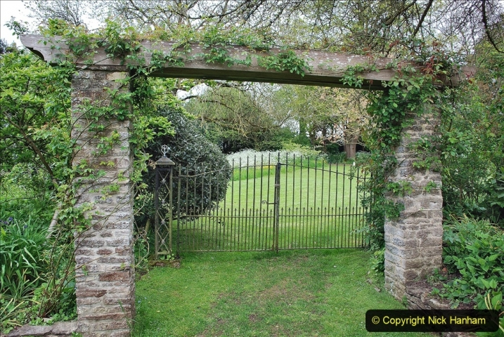 2021-05-20 Wiltshire Holiday Day 4. (88) The Courts Garden NT.