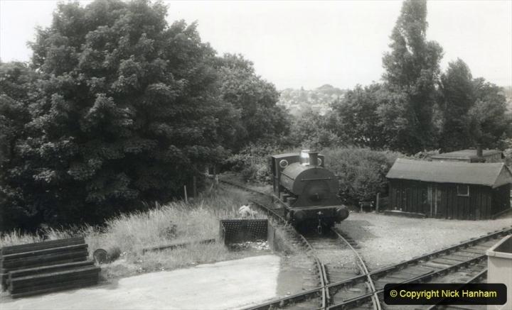 1950s George Jennings Pottery Locomotive George Jennings. (2) 003