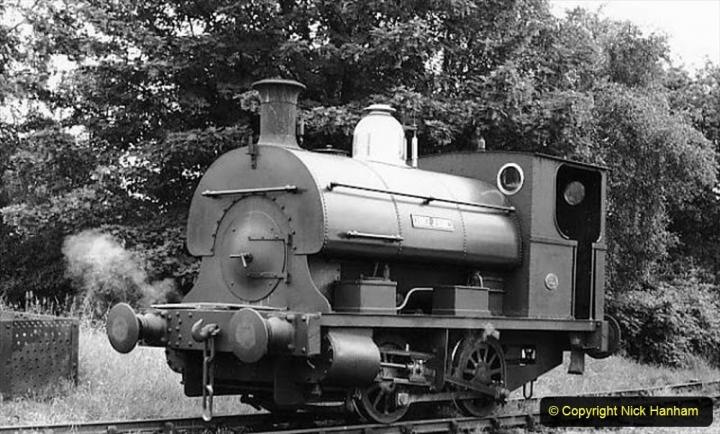 1950s George Jennings Pottery Locomotive George Jennings. (6) 007