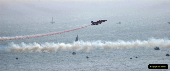 2021-09-03 Bournemouth Air Show Pictures AIR. (111) The Red Arrows. 111