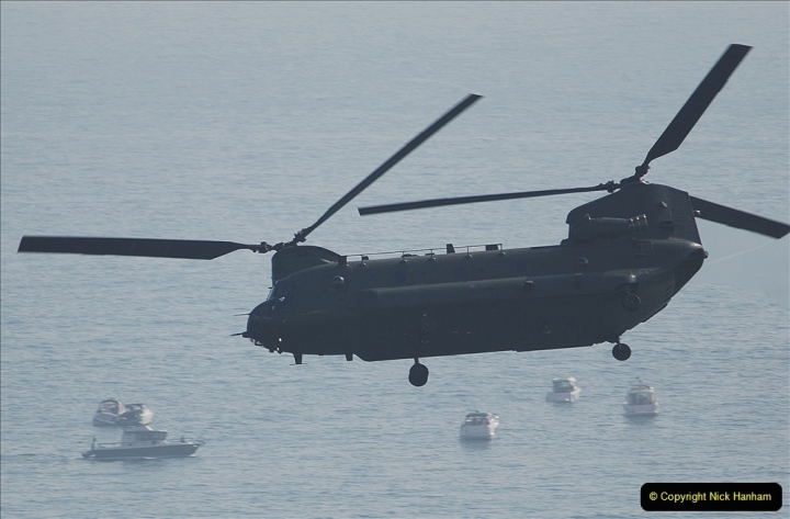 2021-09-03 Bournemouth Air Show Pictures AIR. (124) RAF Chinook HC6A. 124